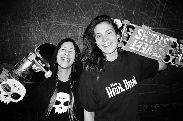 girl skaters