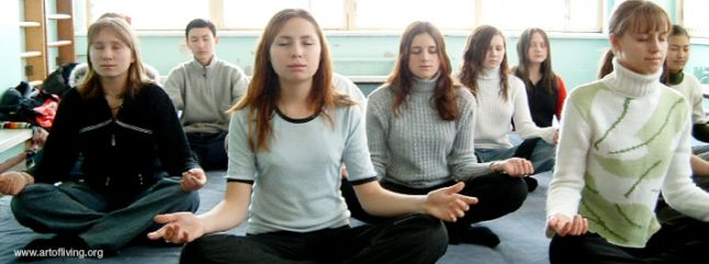 youth-girls-meditation